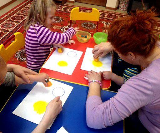 Занятия в студии раннего развития